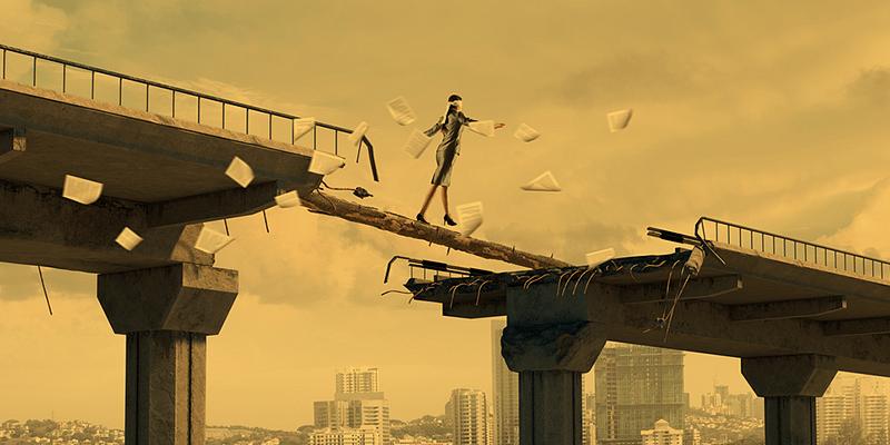 Bridging gaps in crisis management to enhance corporate management