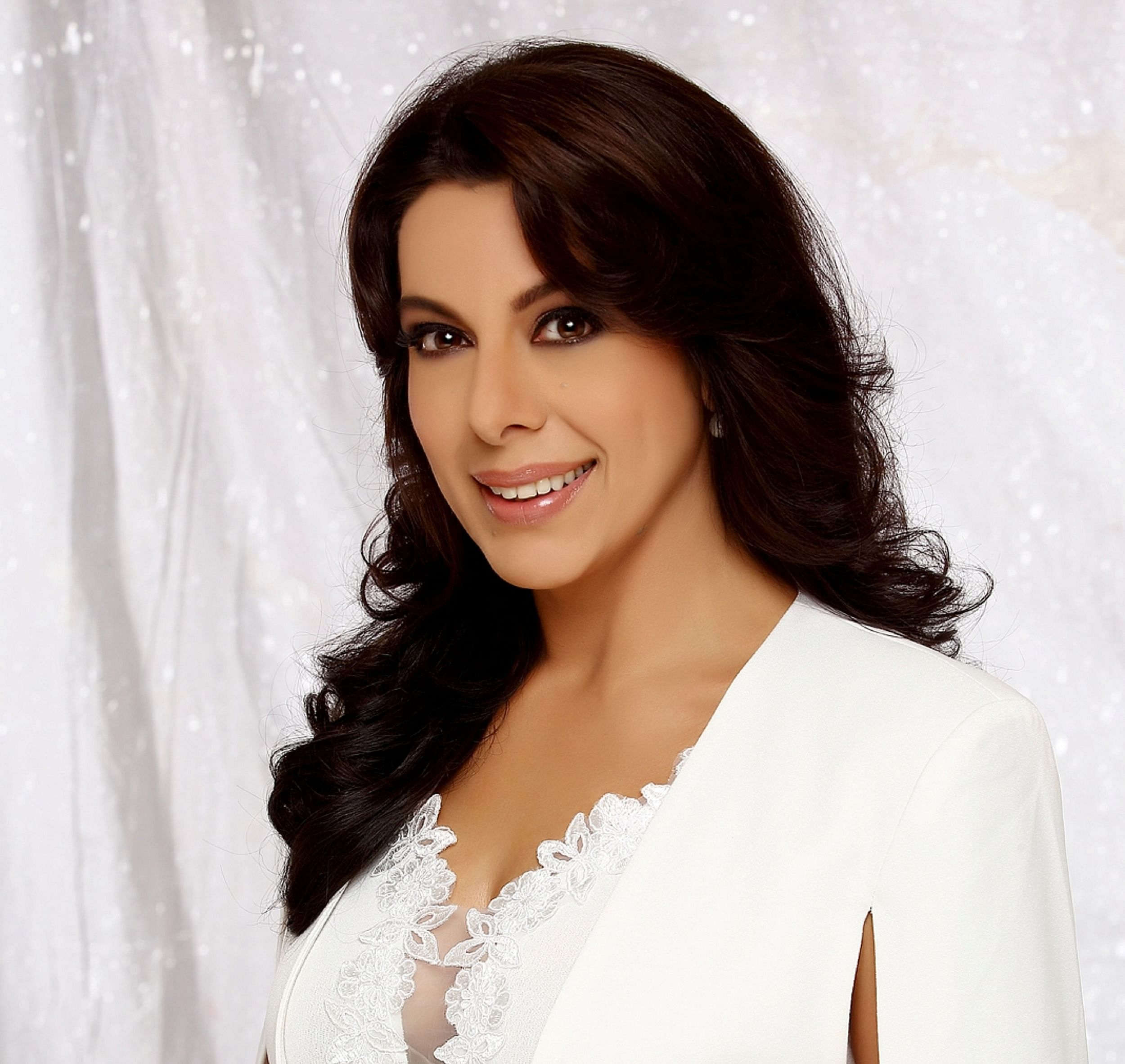 Pooja Bedi, Happy Soul