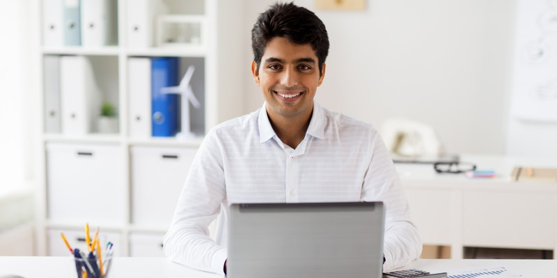 These 10 Small And Medium Businesses In India Earn In Crores By Just Selling Online