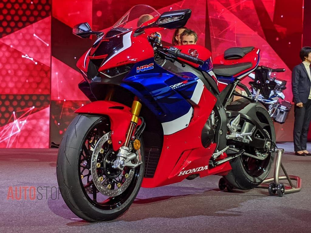 """Képtalálat a következőre: """"Honda CBR1000RR-R 2020 eicma"""""""