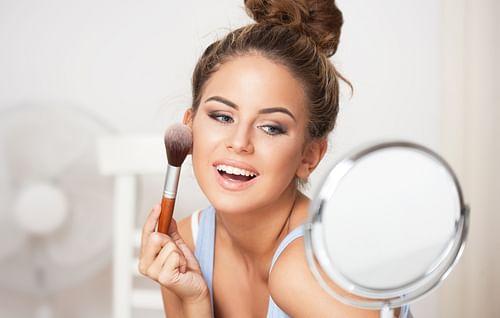 Boobi brown makeup