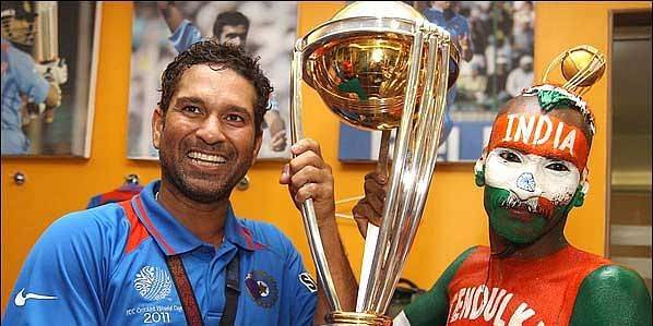 Sudhir got invited into the dressing room by Sachin himself to lift the world cup.