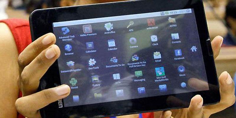 Aakash-Tablet