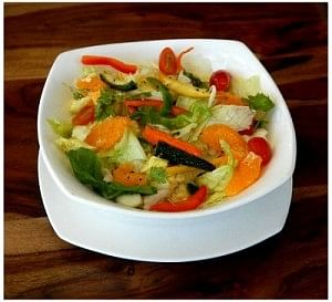Anti-oxidant salad with Orange Dressing - by Soups n' Salads