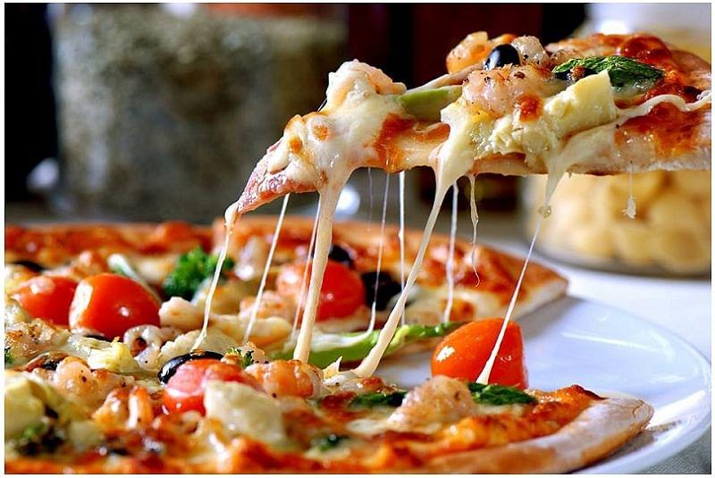Vegetarian Pizza - Soups n' Salads