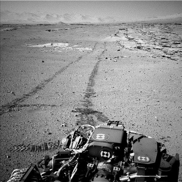 Curiosity's View Back After Passing 'Junda' Striations (NASA/JPL-Caltech)