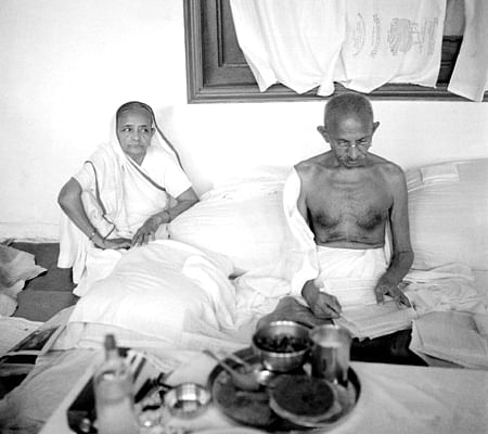 Image result for gandhiwith wife kasturba gandhi