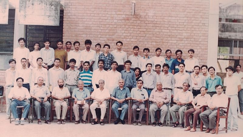 Batchmates and professors at IIT Kanpur (Satish is 8th from leftin the middle row)