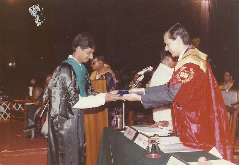 Vasan receiving 'Best All Rounder of the batch' medal at the IIM Graduation