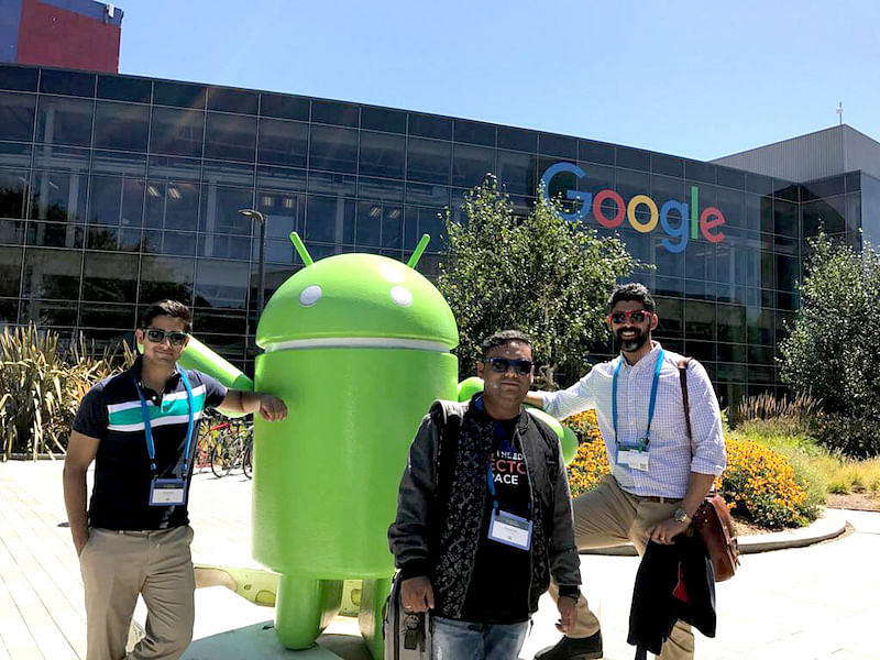 Priyadarshi and Arjun (Founder & CEO, Edge Networks) Google HQ