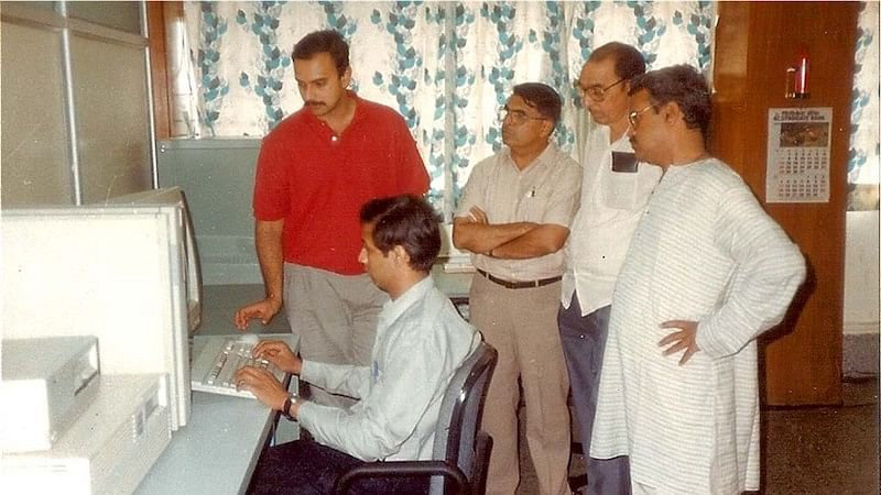 Anand with his team in early days of Persistent Systems