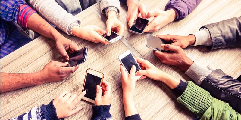 Smartphone shipments grow by 9.3 pc; Xiaomi leads the way: IDC