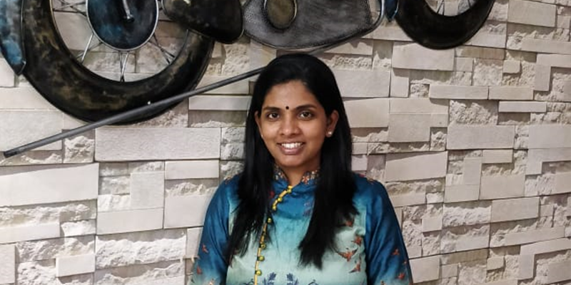 This woman entrepreneur is earning millions selling sarees via WhatsApp