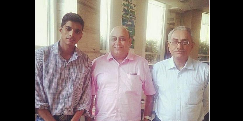 Sachin Anbhule -CTO (L),Hanuman Tripathi Investor (M),Jurnal Singh Bhuttar-CEO(R)