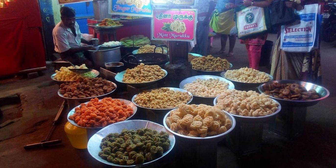 Figure 2 Fresh Murukku sold on the street in Madurai. Which one do you want?
