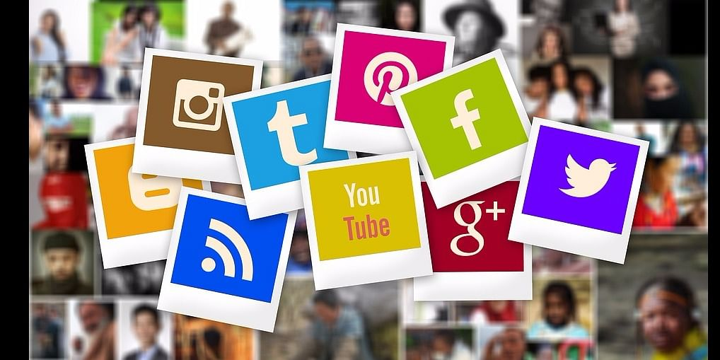 Resolve complaints using Social Media