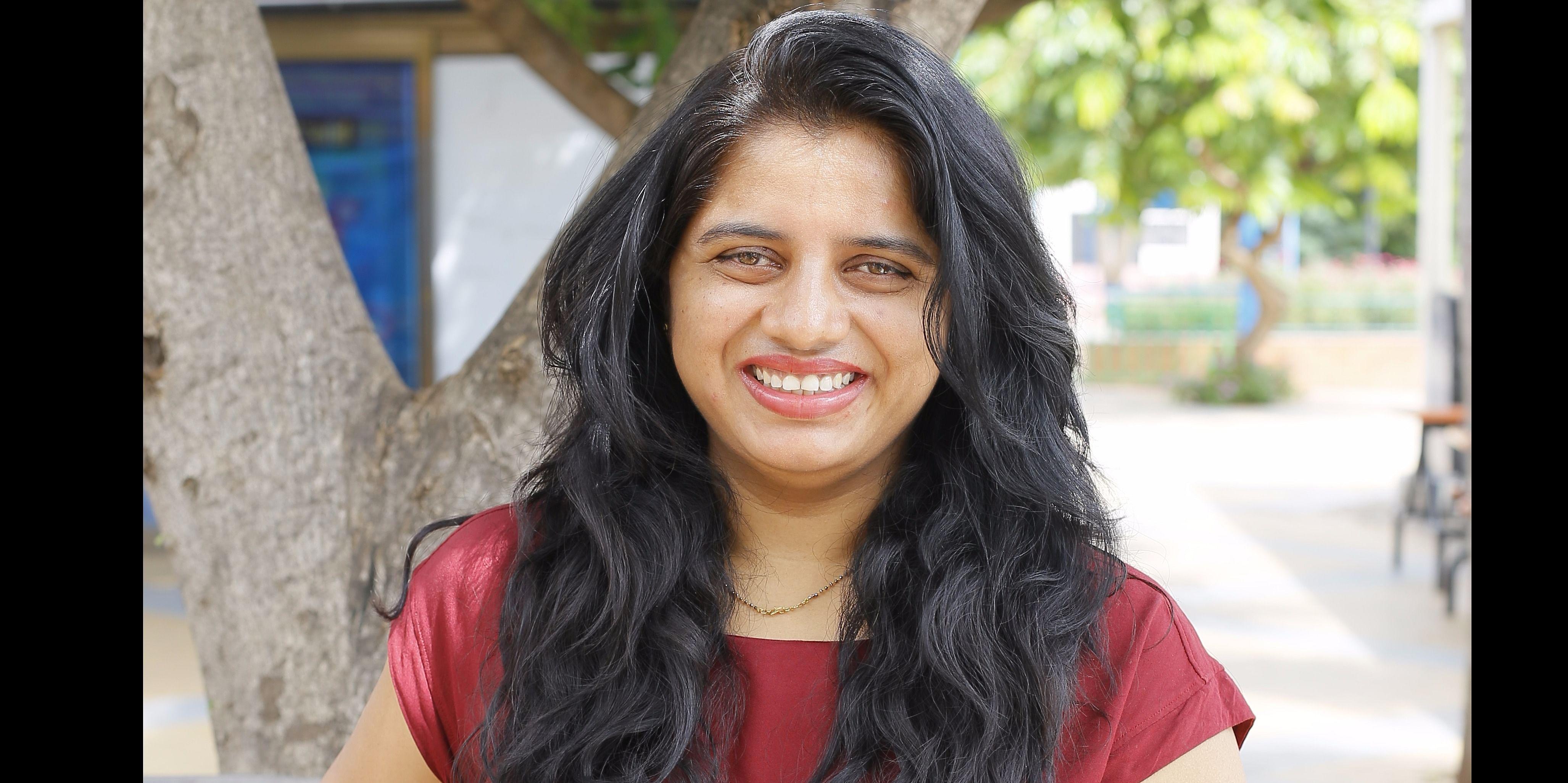 Sandhya Tholi