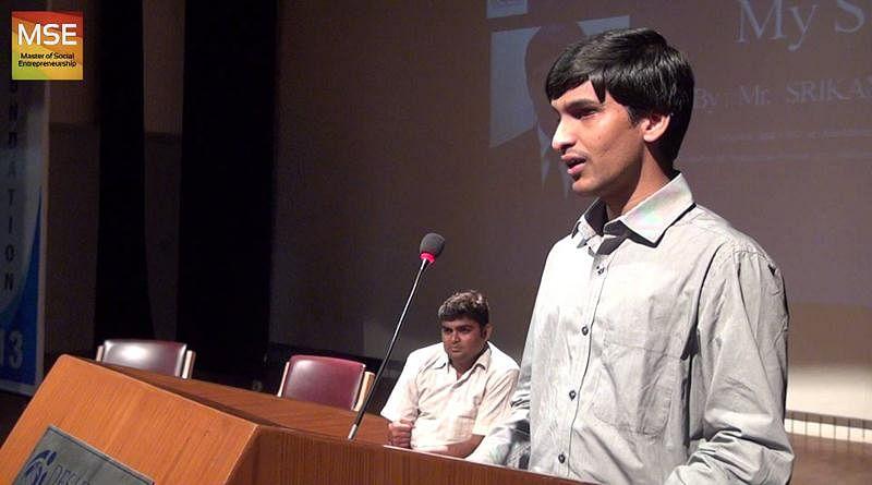 Srikanth addressing the crowd.