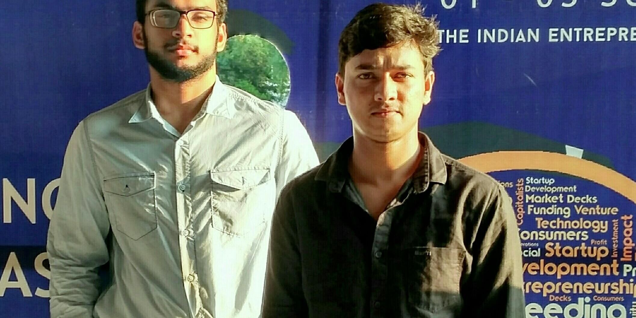 Tahir Ahmad (Right) -Founder of AMUNotes.com