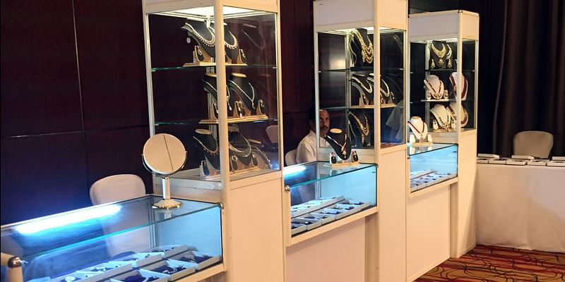A glimpse of a Shruti Gems private exhibition held in Pune.