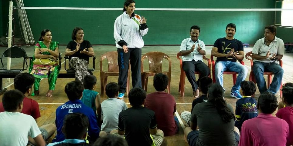 An interactive session with young and budding badminton players.