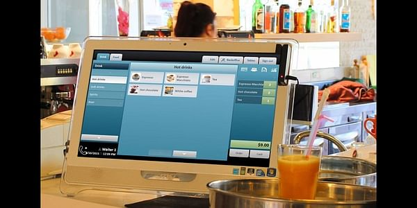 There are a few features that you need to consider when looking for restaurant management software. For example, customer support, ease-of-use, payment methods and mobile functionality
