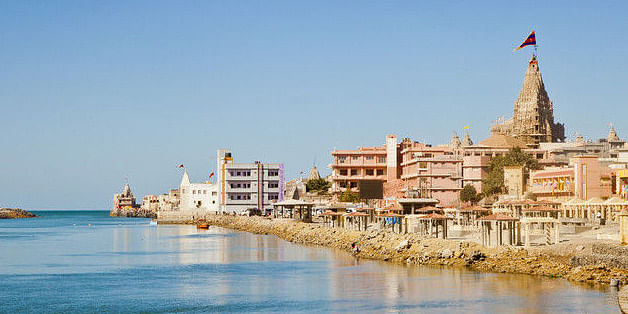 Image Source: http://s3.india.com/travel/wp-content/uploads/dwarka-preset5.jpg
