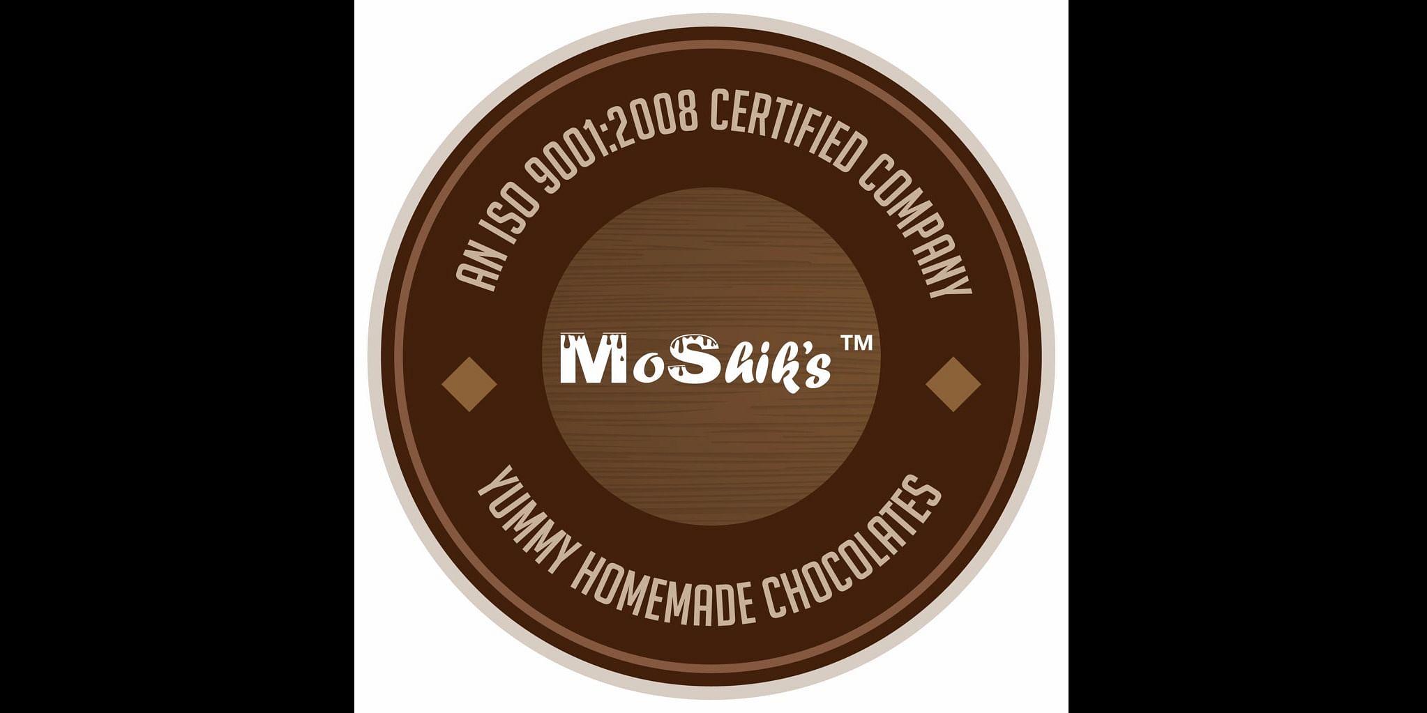<b>Moshik's</b>