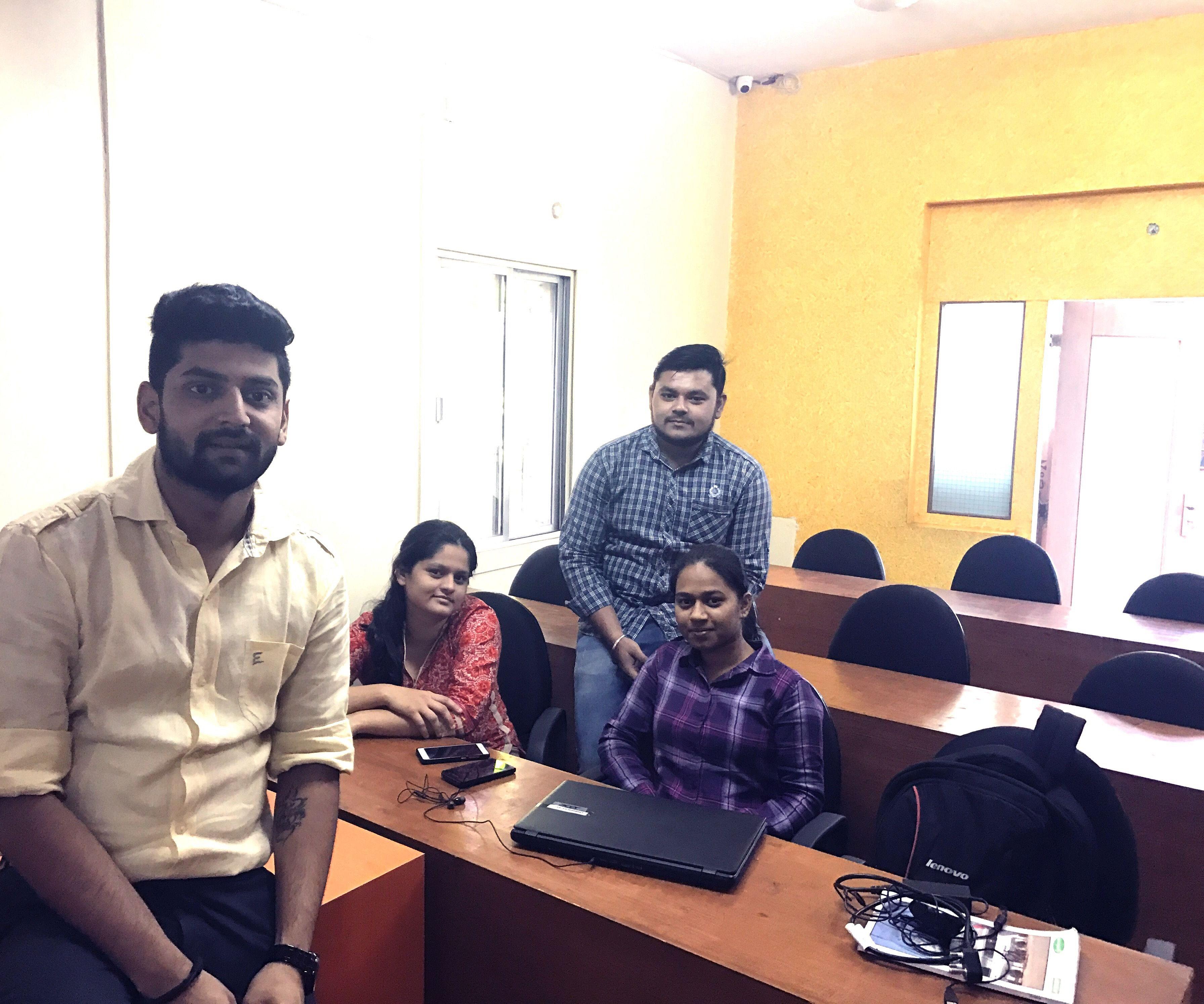 Team Pune (From Left to Right- Vaibhav Kashyap, Shital Kulkarni,&nbsp; Divyanshu Lawaniya, Shubhada Jagadale,)<br>