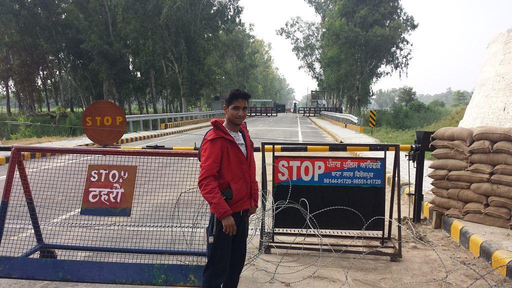 India Pakistan Border at Hussainiwala Check Post