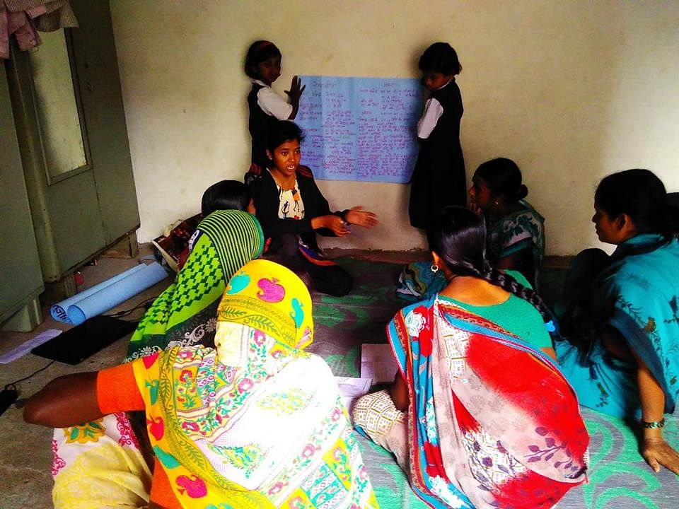 &nbsp;Training to SHGs womens<br>