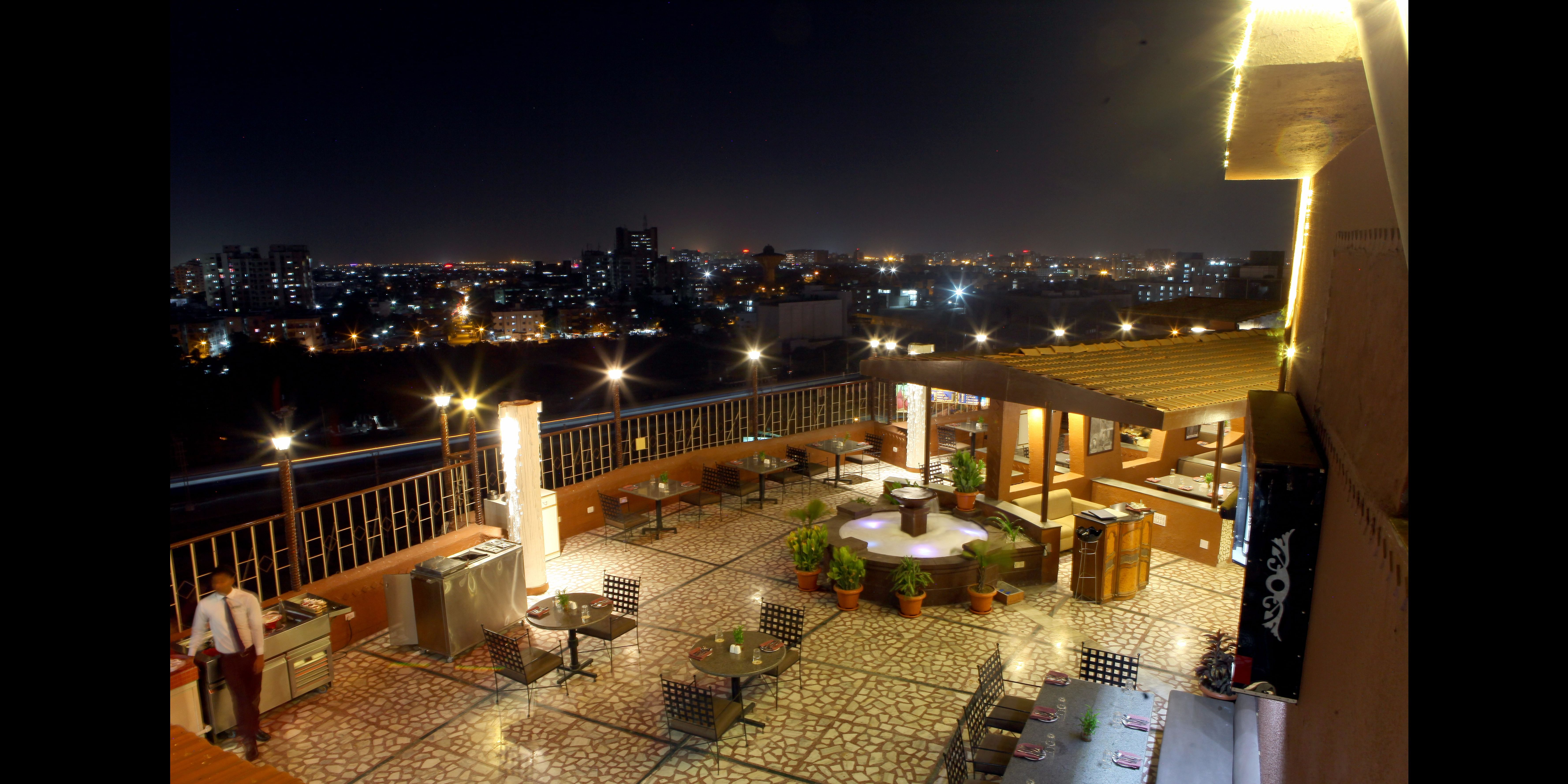 The Lime Tree at Hotel Lords Plaza, Surat